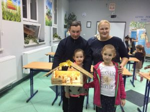 Warsztaty Świat Bozego Narodzenia SP Słotwina 201999